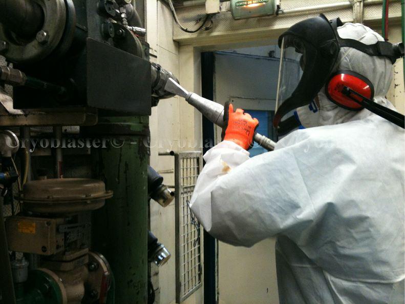 Nettoyage cryogénique sur cabine essai Saint-Etienne