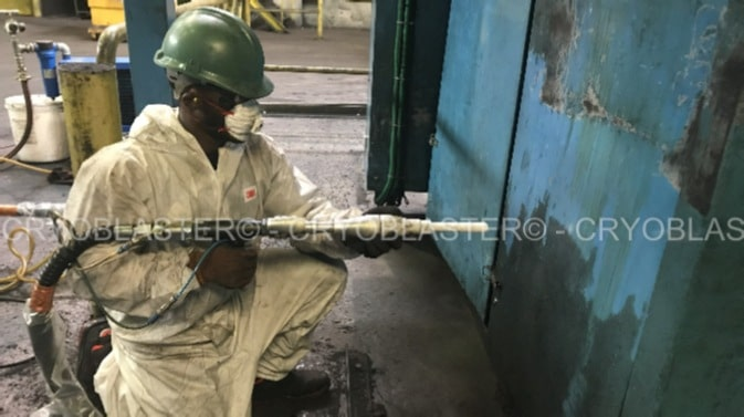 nettoyage industriel sur machine outil par cryogénie