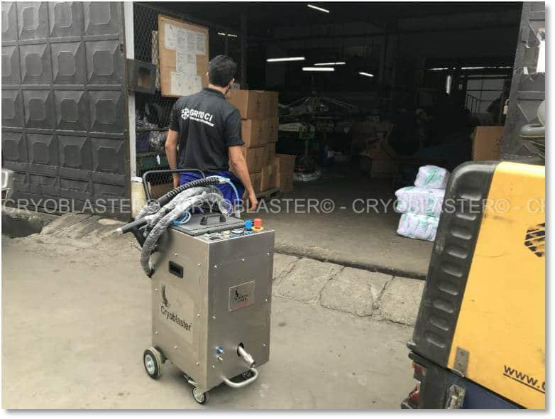 Mise en place procédé nettoyage cryogénique ateiler impression tee shirt à Abidjan