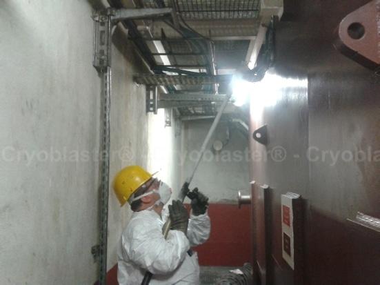 Nettoyage par cryogénie sur groupe hydraulique à Toulouse