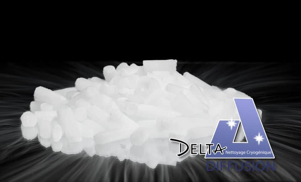 Petite quantité de glace sèche