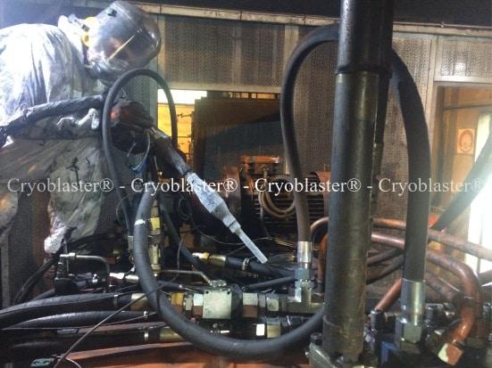 Entreprise de nettoyage cryogénique sur Annecy pour nettoyage groupe hydraulique